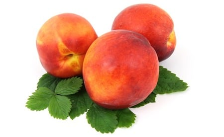 3 red peaches