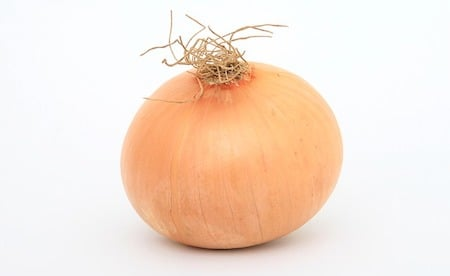 a white onion for cooking